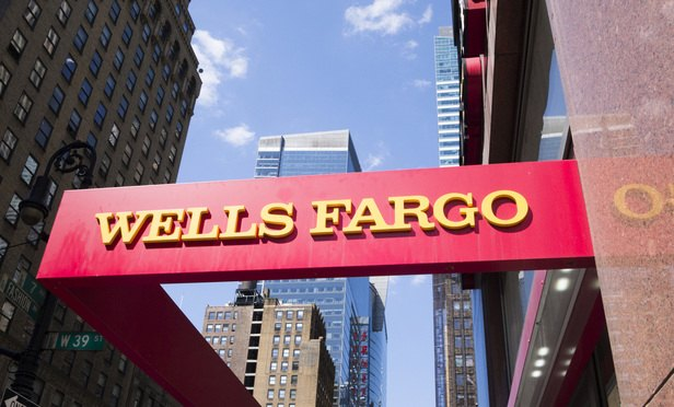 Plaintiffs Firms Pounce on Wells Fargo After Fake-Accounts Scandal