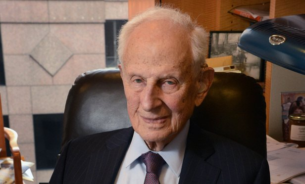 At 97, Robert Morgenthau Endures in the City That Never Sleeps