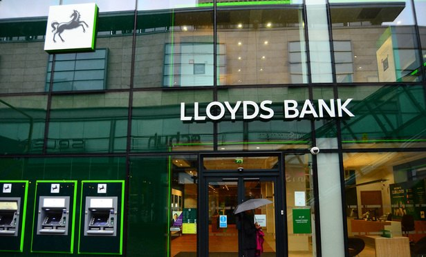 Lloyds bank-Article-201607221015