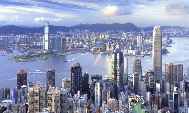 <i>HongKong Skyline</i>