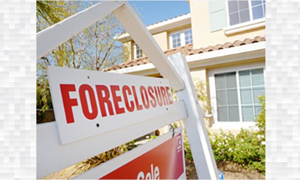 foreclosure sign Photo: Bigstock