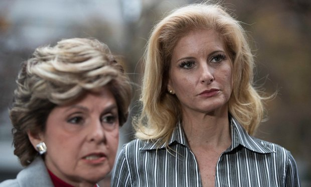 Summer Zervos (right) with attorney Gloria Allred. (Photo: Mary Altaffer/AP)