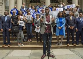 Defenders Joined by NYC Officials in Pressing de Blasio Administration for Pay Boost