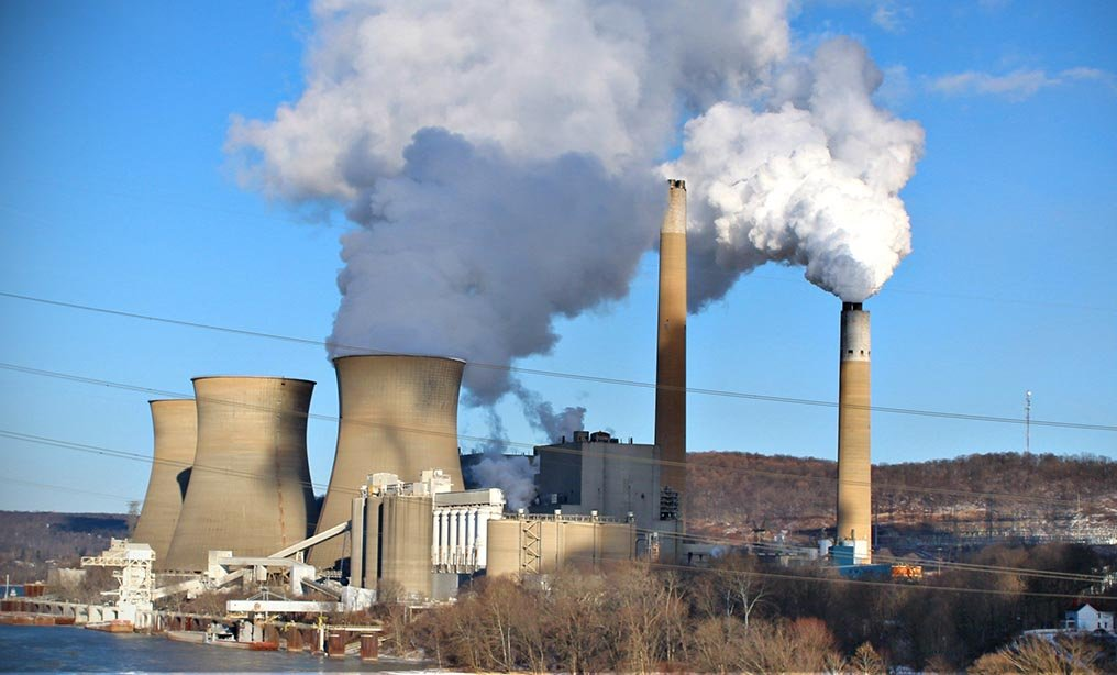 Bruce Mansfield coal-fired power plant in Shippingport, Pa., scheduled to be closed next month. Photo: Wikimedia