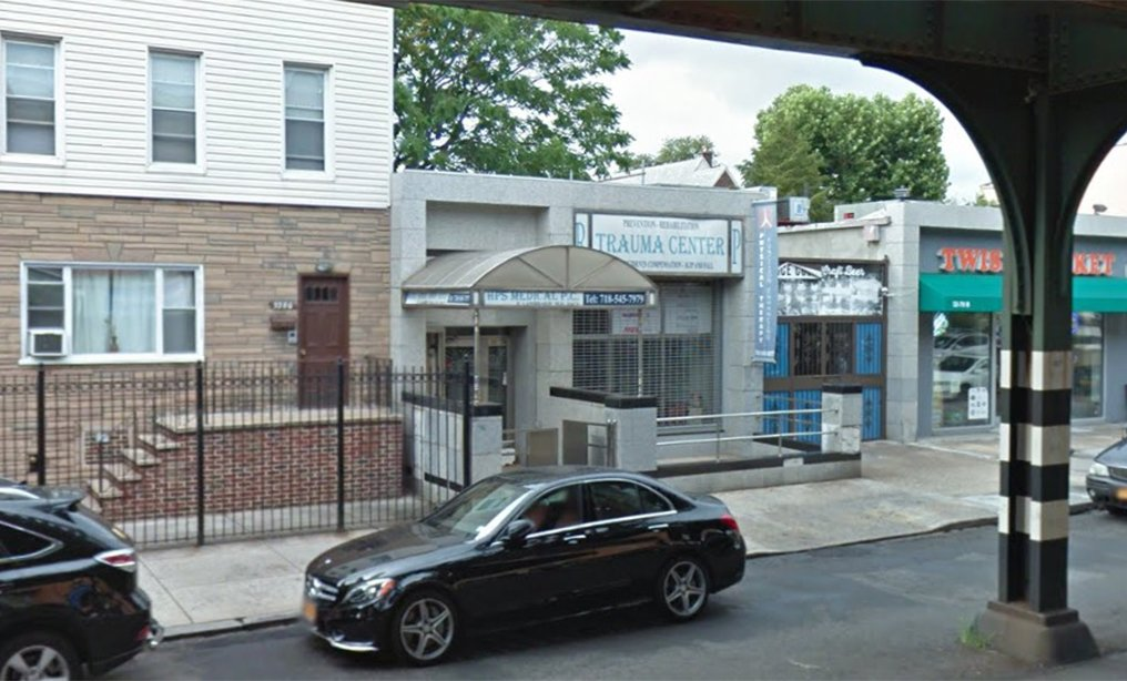 """Prosecutors alleged that Lambrakis would charge between $150 and $250 in cash for """"patient visits"""" at his Astoria clinic. Photo: Google Maps"""