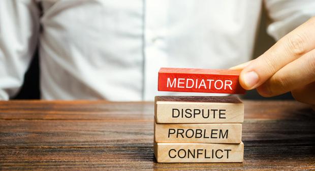 mediator dispute problem conflict