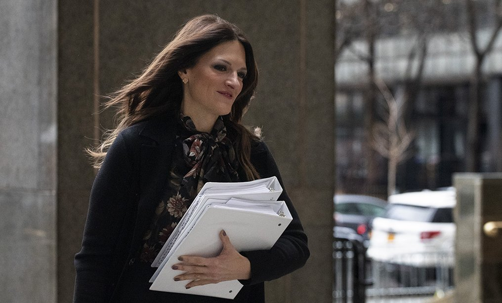 Donna Rotunno, Harvey Weinstein's defense attorney, arrives at a Manhattan courthouse on Thursday, Jan. 16. Photo: Mark Lennihan/AP