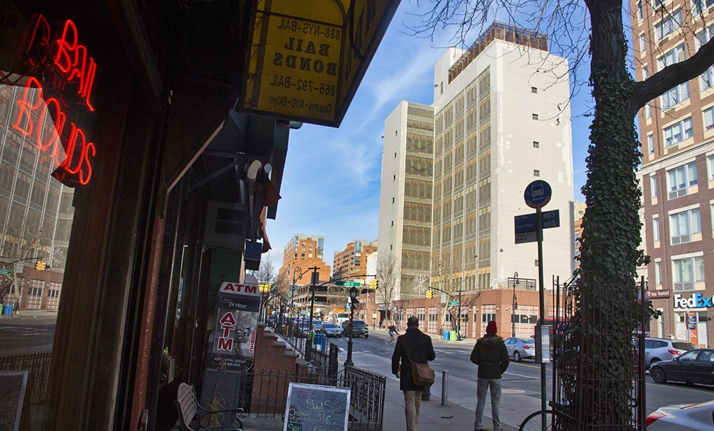 Brooklyn Detention Center facility, center, sits along Atlantic Avenue in New York. Gov. Cuomo and moderate Democrats in the state Senate want to make changes to the bail law, but those suggestions have run into stiff opposition from Assembly Democrats. Photo: Bebeto Matthews/AP