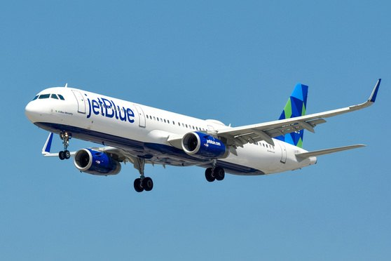 JetBlue GC Retires, Flies Off Into the Sunset With $1.2M