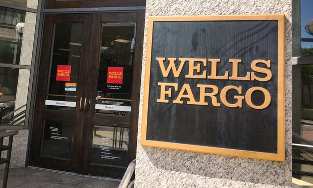 Wells Fargo Bank in Charleston, South Carolina/photo by Carmen Natale