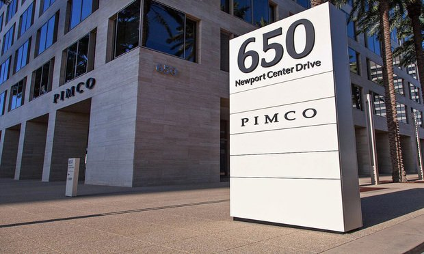 In House Lawyer Accuses Pimco General Counsel Of Gender And