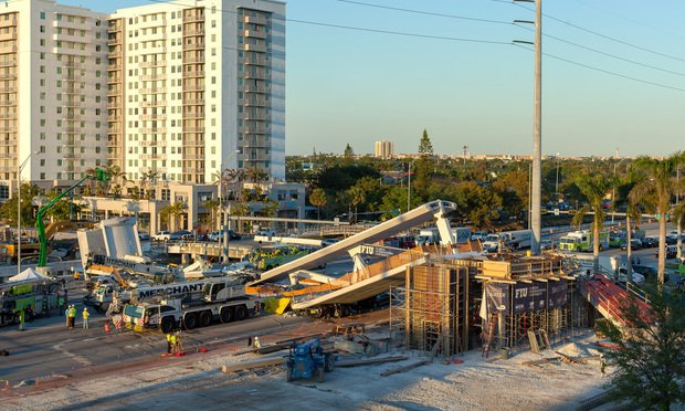 Newly constructed bridge collapsed near Florida International University/photo by pleasecat/Shutterstock.com