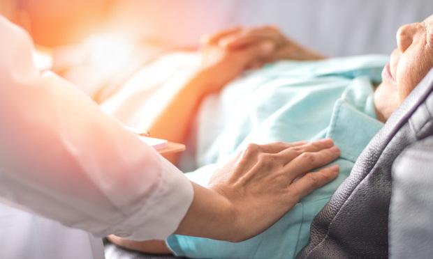 Hospice care/Credit: BlurryMe/Shutterstock.com