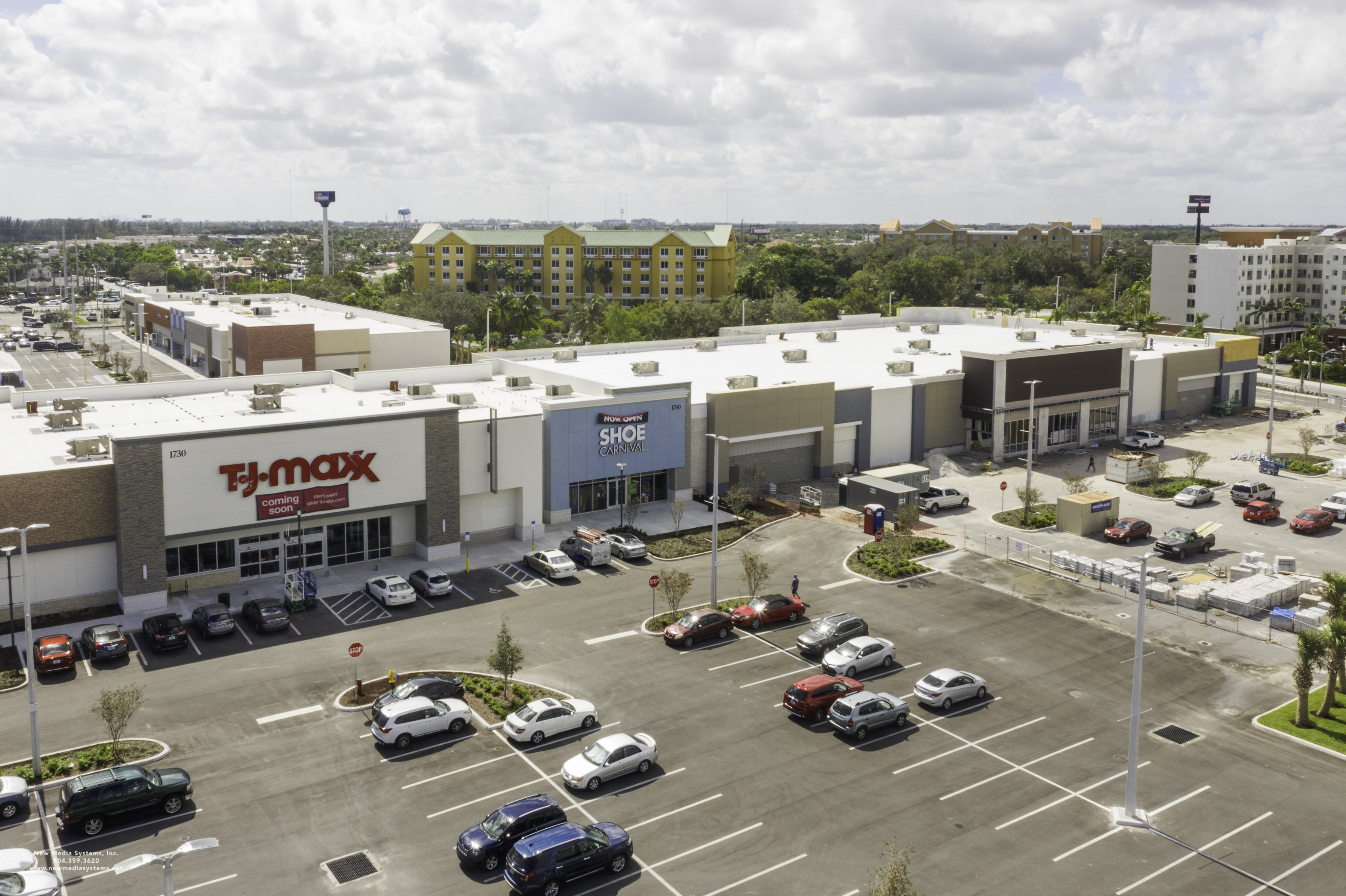 Retail Makeover: Out With the Run-of-the-Mill Malls and Restaurants