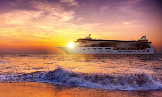 An Israeli tourist claims her ex-attorney negligently allowed the sun to set on her personal injury claim against Royal Caribbean Cruises Ltd. Photo: Rawpixel.com/Shutterstock.com.