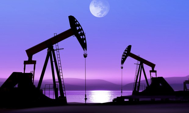 oil-pumps-at-night