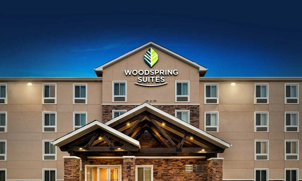 WoodSpring hotel