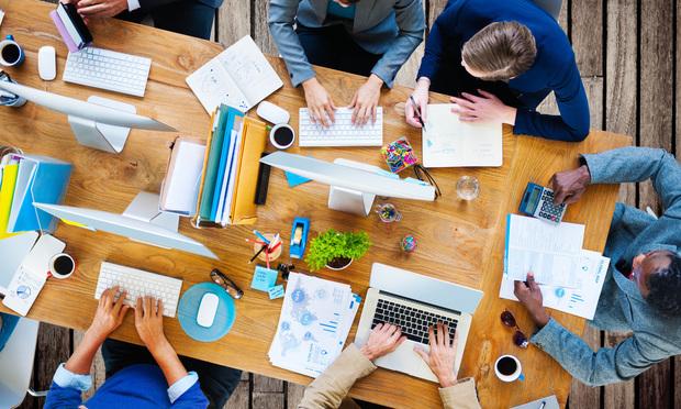 startup desk