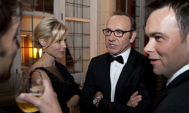 Kevin Spacey, second from right, at the Bloomberg Vanity Fair White House Correspondents' Association (WHCA) dinner afterparty in Washington, D.C., U.S., on Saturday, April 28, 2012. Photographer: Joshua Roberts/Bloomberg