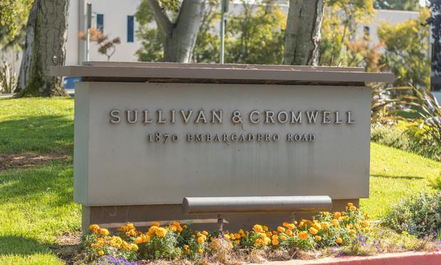 Sullivan-Cromwell-Sign