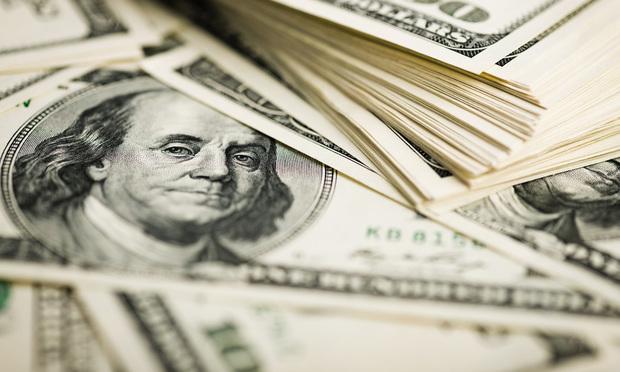 100-dolllar-bills