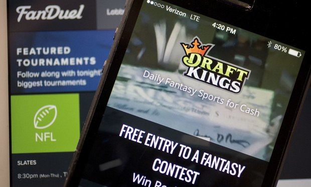 DraftKings and FanDuel websites/courtesy of Bloomberg Finance LP