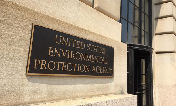 Environmental Protection Agency - Photo by Diego M. Radzinschi