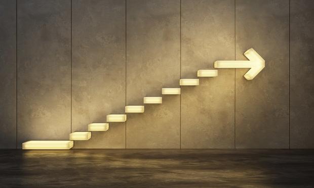 Ascending steps - Kutlayev Dmitry/Shutterstock.com