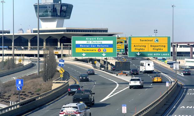 Newark Liberty International Airport/Photo: MariaSW/Shutterstock.com.