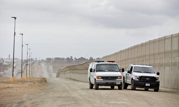 U.S.-Mexico border in San Diego. (Photo: Daniel Acker/Bloomberg)