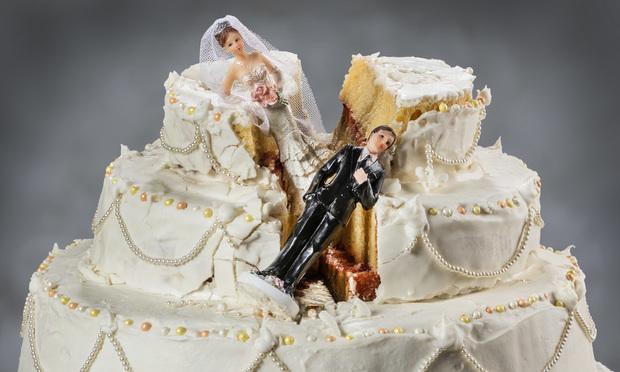 Broken wedding cake/photo by Leon Rafael/Shutterstock