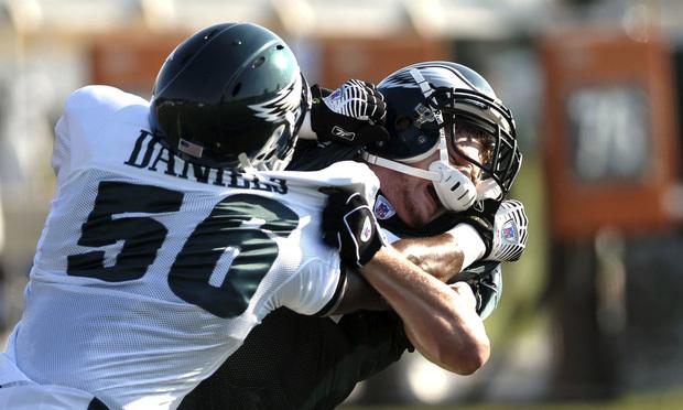 Philadelphia Eagles linebacker Tank Daniels, left, and rookie tight end Brent Celek