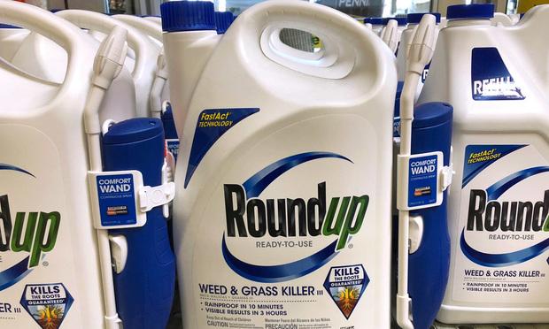 RoundUp weed killer jugs