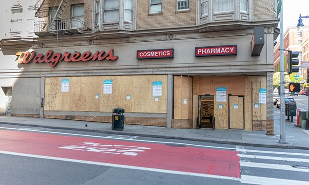 Walgreens on Geary and Taylor in San Francisco on April, 3, 2020 (Photo: Jason Doiy/ALM)