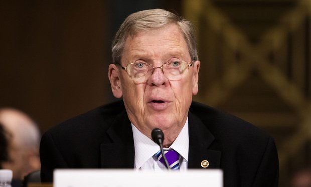 What Would Johnny Do?' Ga  Leaders React to Isakson's
