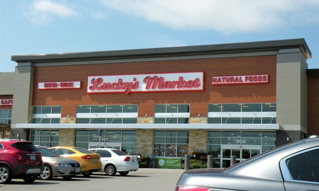 Lucky's Market storefront.