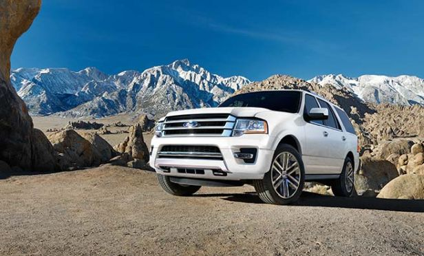 The Available Control Trac Four Wheel Drive System In The Expedition Provides Traction And Control While Driving On Snowy And Slick Roads Consumer Reports