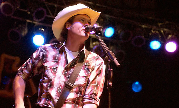 Country Star's 'Drunk' Tweets Don't Make Him Libel Proof