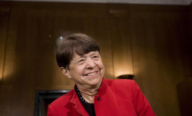 SEC Chair White Seeks Broader Global Effort in Fraud Fight