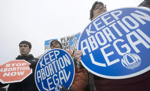 Supreme Court Blocks Restrictive North Dakota Abortion Law