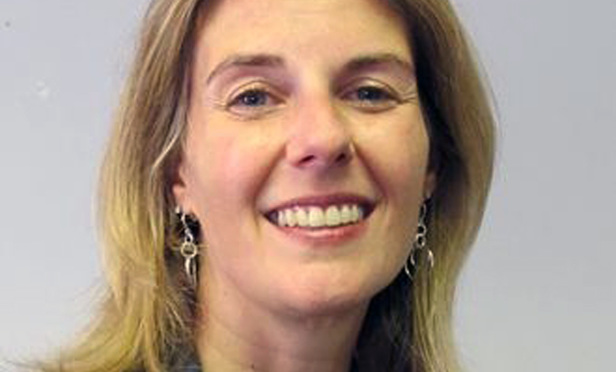 Ex-Attorney for NY Agency Settles Her Gender Bias Suit