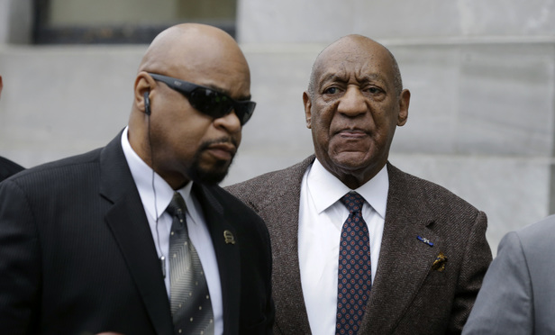 Cosby Files Appeal Seeking End to Criminal Case