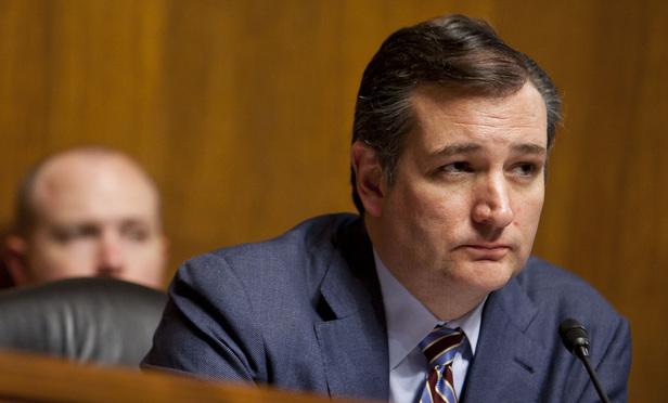 Judge Strikes Intervention in Suit Challenging Cruz's Eligibility