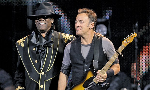 Fans Sue Springsteen Tour Sellers Who Glommed Tickets for Brokers